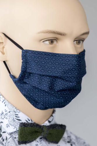 Faltenmaske-dunkelblau-gemustert-Nasenbuegel-1